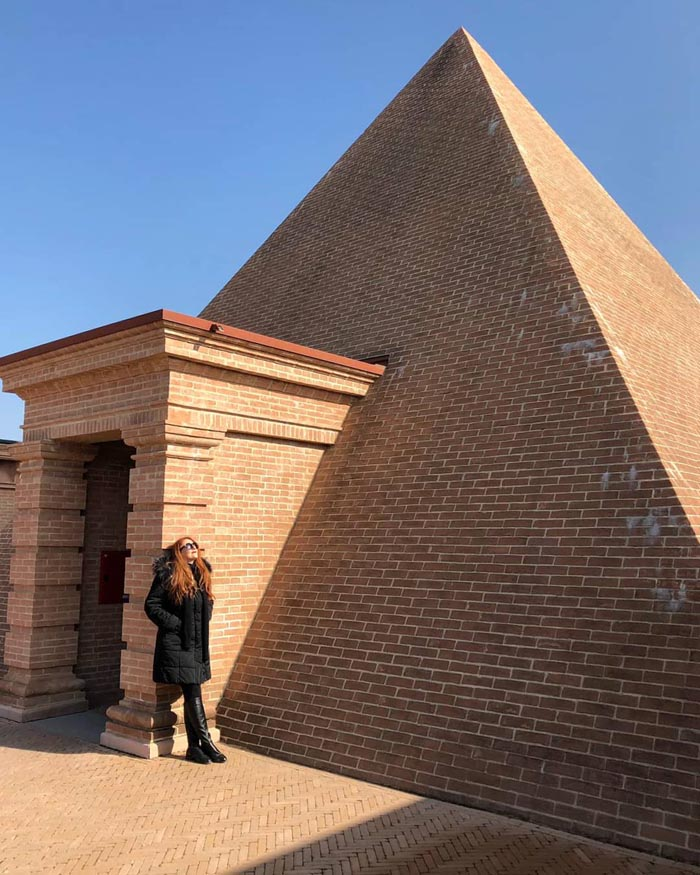 Labirinto della Masone di Fontanellato piramide